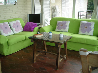 Sofas verdes gallery of with sofas verdes great sofs - Sofa verde pistacho ...